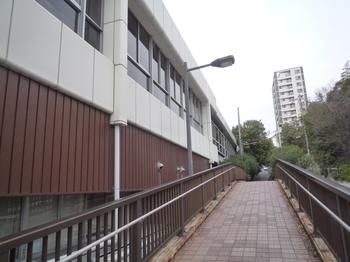 新神戸歩道橋P1120915.JPG